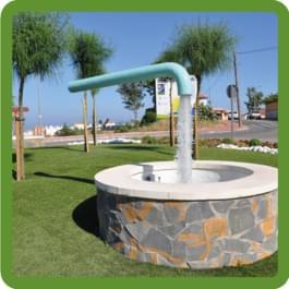 Mysteriöser Brunnen im Kreisverkehr