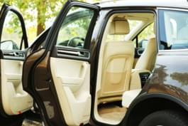 Hitze im Auto offene Autotüren