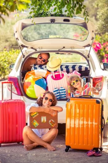 Reisen mit Kindern im Auto
