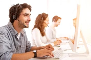Service Team am Telefon