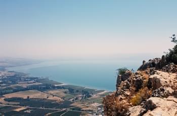 Mount Arbel mit Blick auf den See Genezareth
