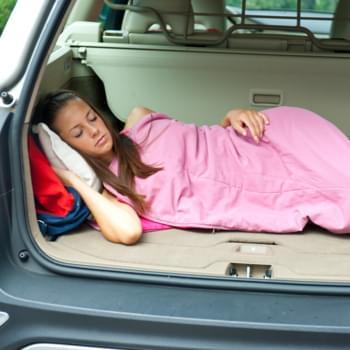 Im Auto schlafen: Was ist erlaubt?