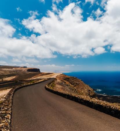 Mietwagenreise Lanzarote: Die besondere Energie der Vulkaninsel