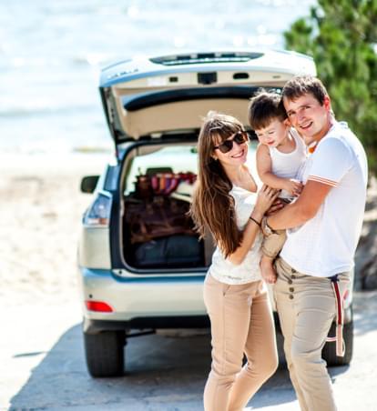 Mietwagen mit Kind: Tipps und Tricks für die Autofahrt mit Kindern