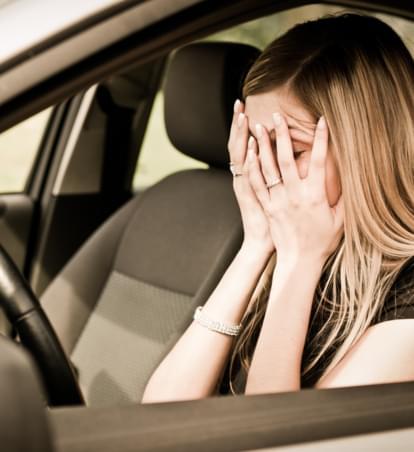 Bindehautentzündung im Auto: Diese Tipps helfen
