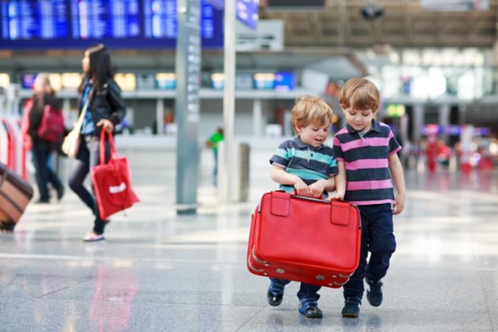 Kinder kann man gut am Flughafen beschäftigen