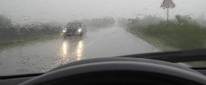 Stresssituation mit dem Auto: Schlechtes Wetter