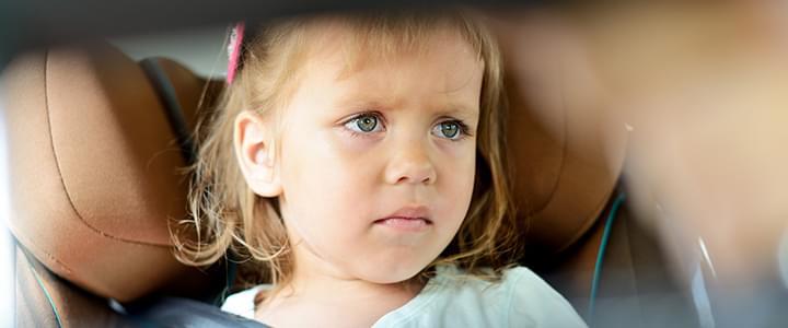 Stresssituation mit dem Auto: Nörgelnde Kinder