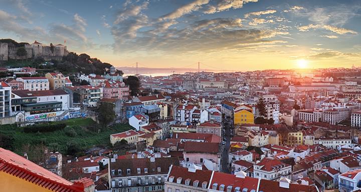 Blick auf Lissabon bei Sonnenuntergang