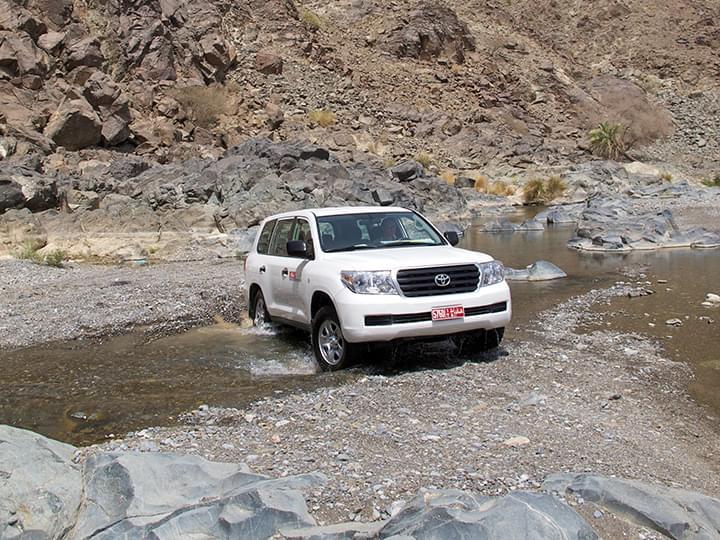 Wadi Abayad: Erkundung des Flussbetts