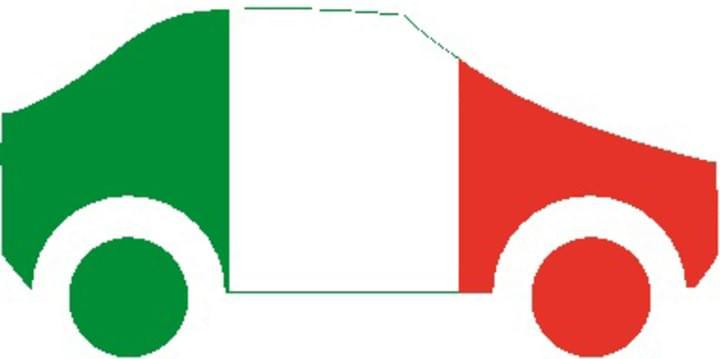 Auto als Italien Flagge
