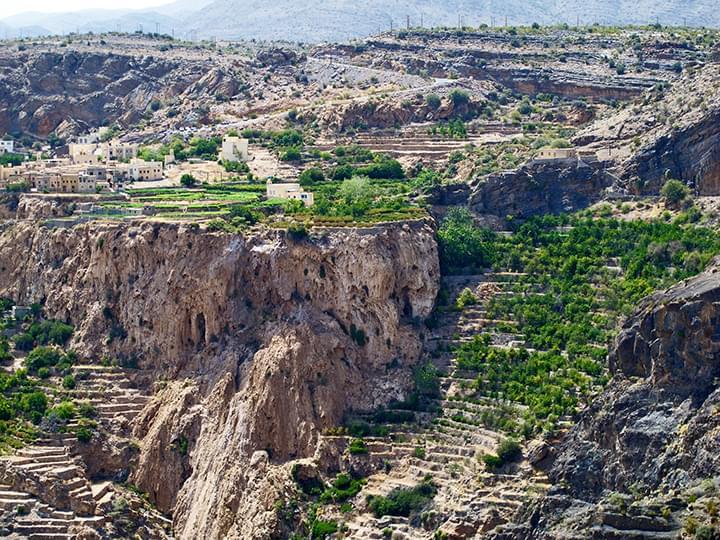 Sayq Plateau mit wunderschönen Terrassengärten