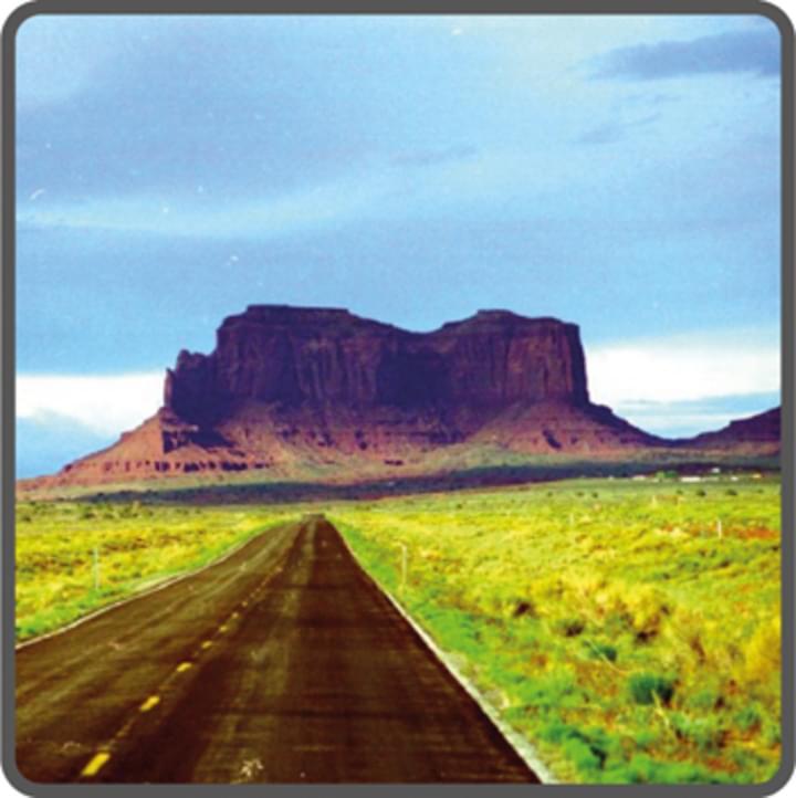 Straße und Berg