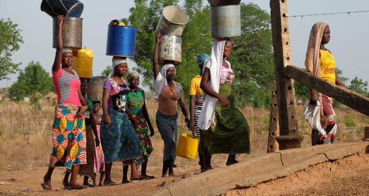 """MietwagenCheck unterstützt NGO """"Water4Afrika"""""""