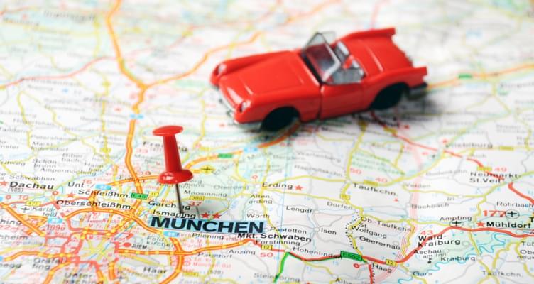 Neuerungen 2015 für Autofahrer und Mietwagen-Fahrer in Deutschland und Nachbarländern