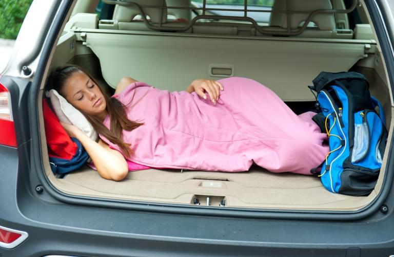 schlafen im auto legal oder nicht. Black Bedroom Furniture Sets. Home Design Ideas